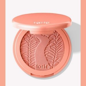 🎉HP🎉tarte Amazonian clay 12-hour blush - glisten